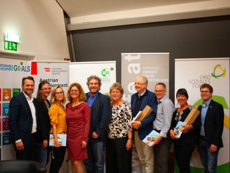 """""""Hecht Im Karpfenteich"""" Ökosoziales Forum"""
