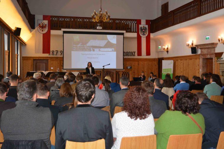 Publikum beim Fachtag Berg&Wirtschaft in Rotholz