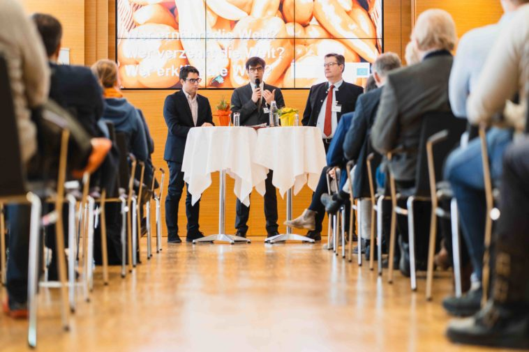 Lukas Gach, Siegfried Lehner, Christian Jaborek (v.l.n.r.) bei der Podiumsdiskussion